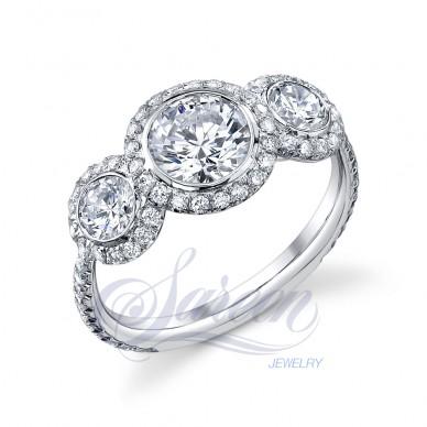 Luseen A. Ladies Diamond Ring